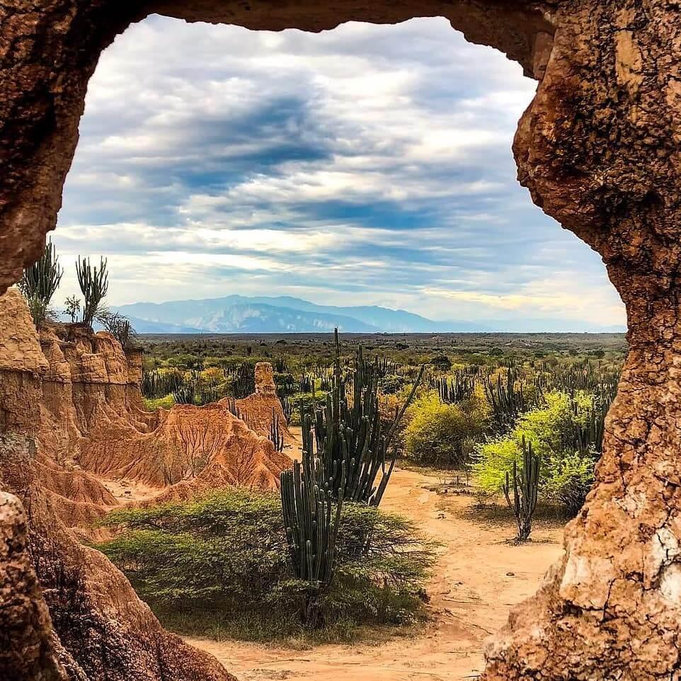 ¿Dónde queda el Desierto de La Tatacoa?